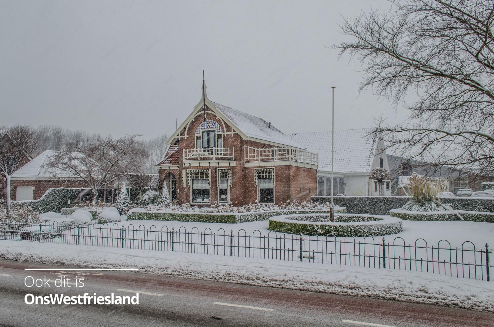 Foto's Winterweer in Zwaag