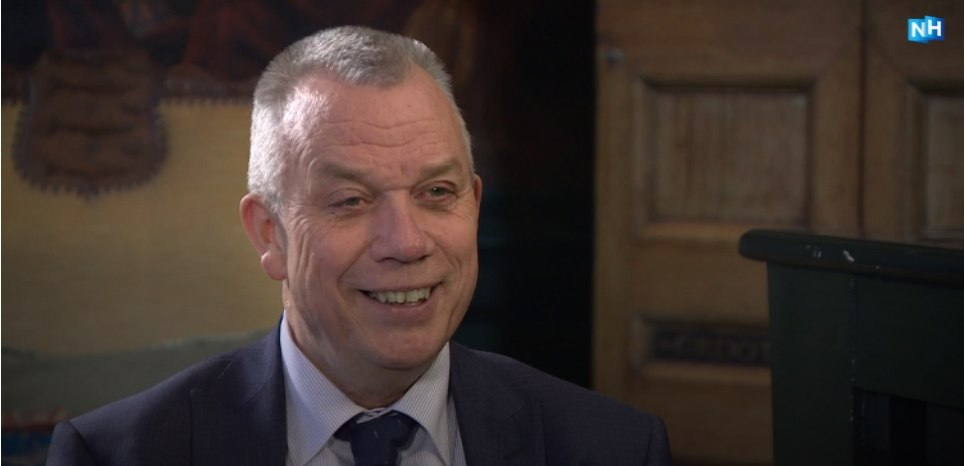 Afscheidsinterview burgemeester Baas; Slangenkuil en fusie Enkhuizen