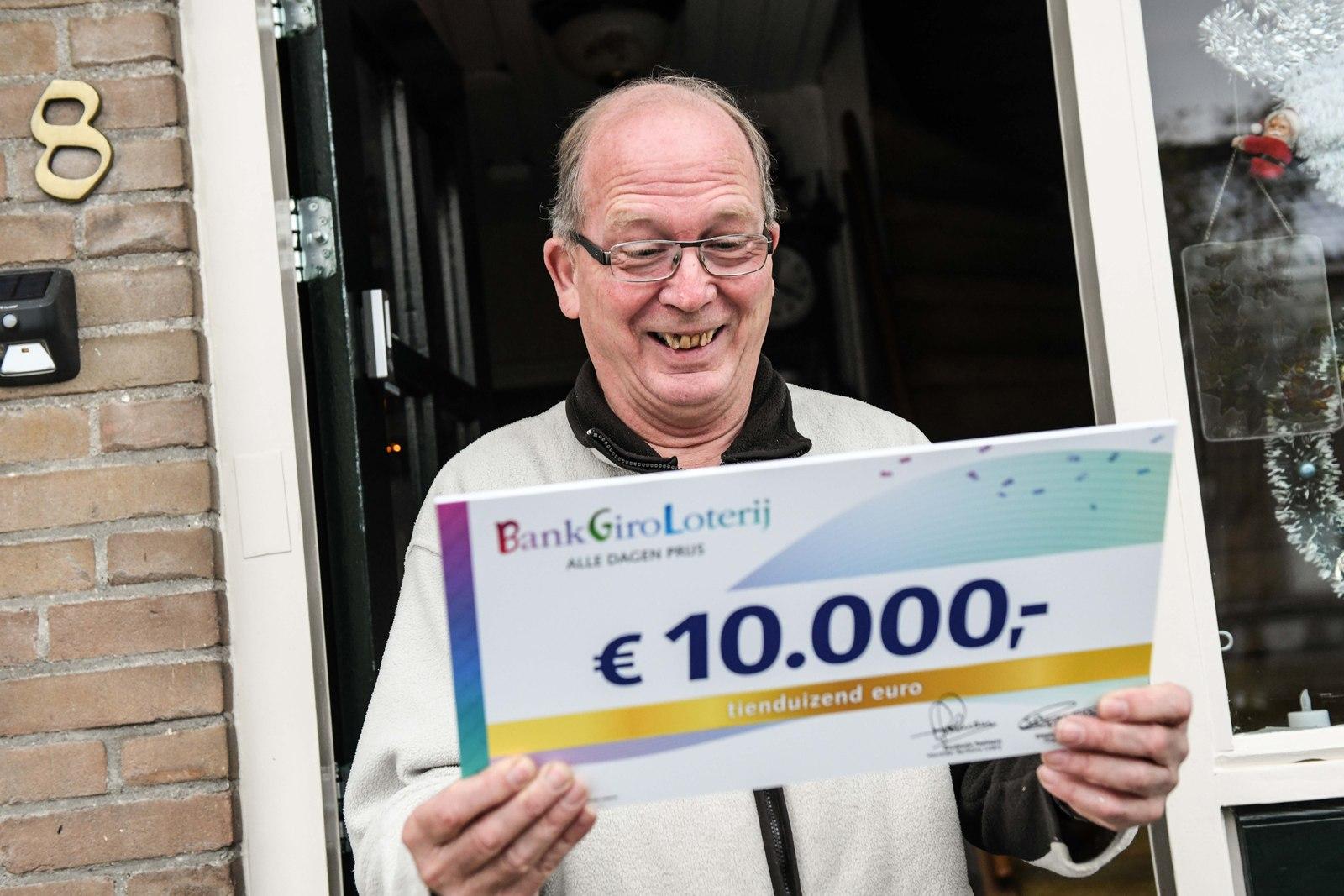 Andries uit Grootebroek wint 10.000 euro; 'Eindelijk e-bike'