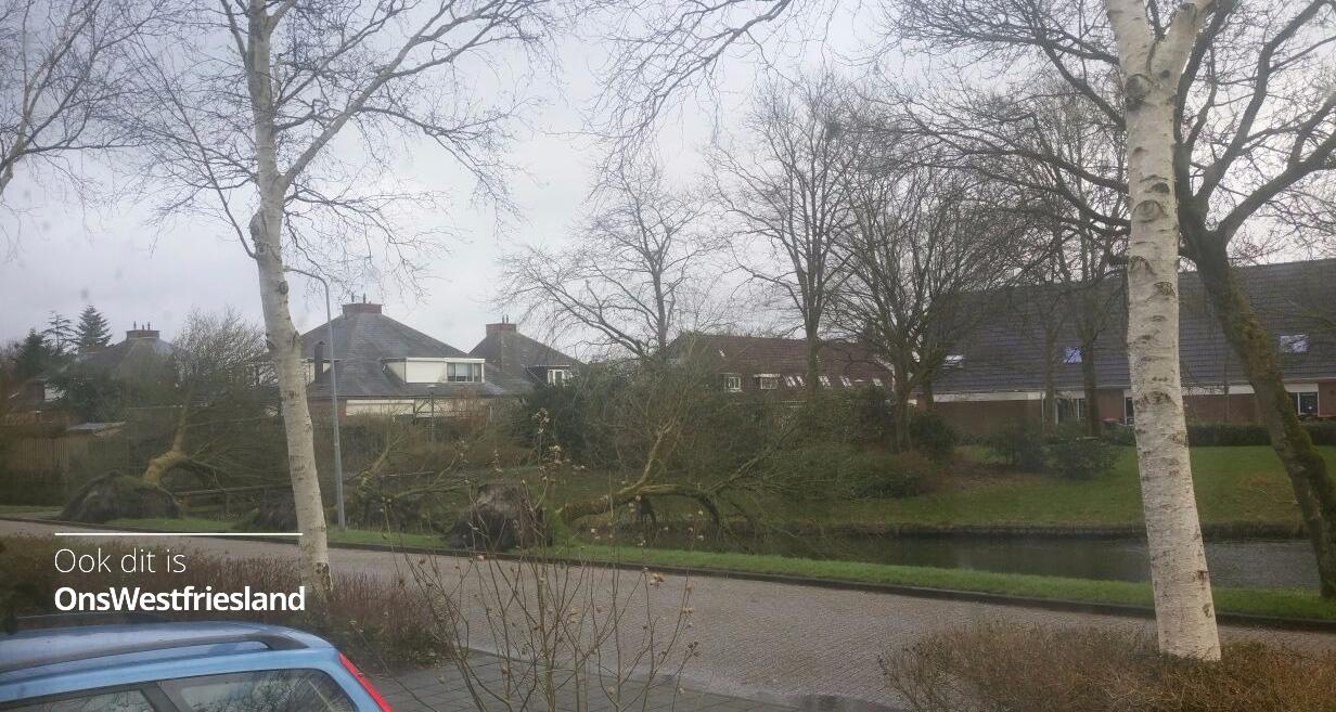 Liveblog Westerstorm over Westfriesland; NL Alert: blijf binnen [updates]