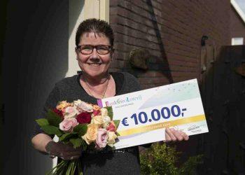 Sylvain en Gerda uit Zwaag winnen 10.000 euro in loterij