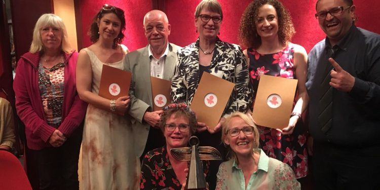 Op Roet wint Europese Amateo Award