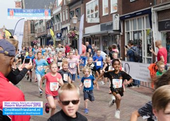 Marathon Hoorn 2018: Foto's Start 21 km