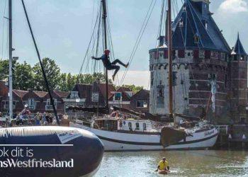 Douwe Bob vliegt door Hoornse haven (video)