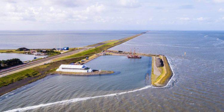 Niet schrikken tijdens verkoeling op het IJsselmeer
