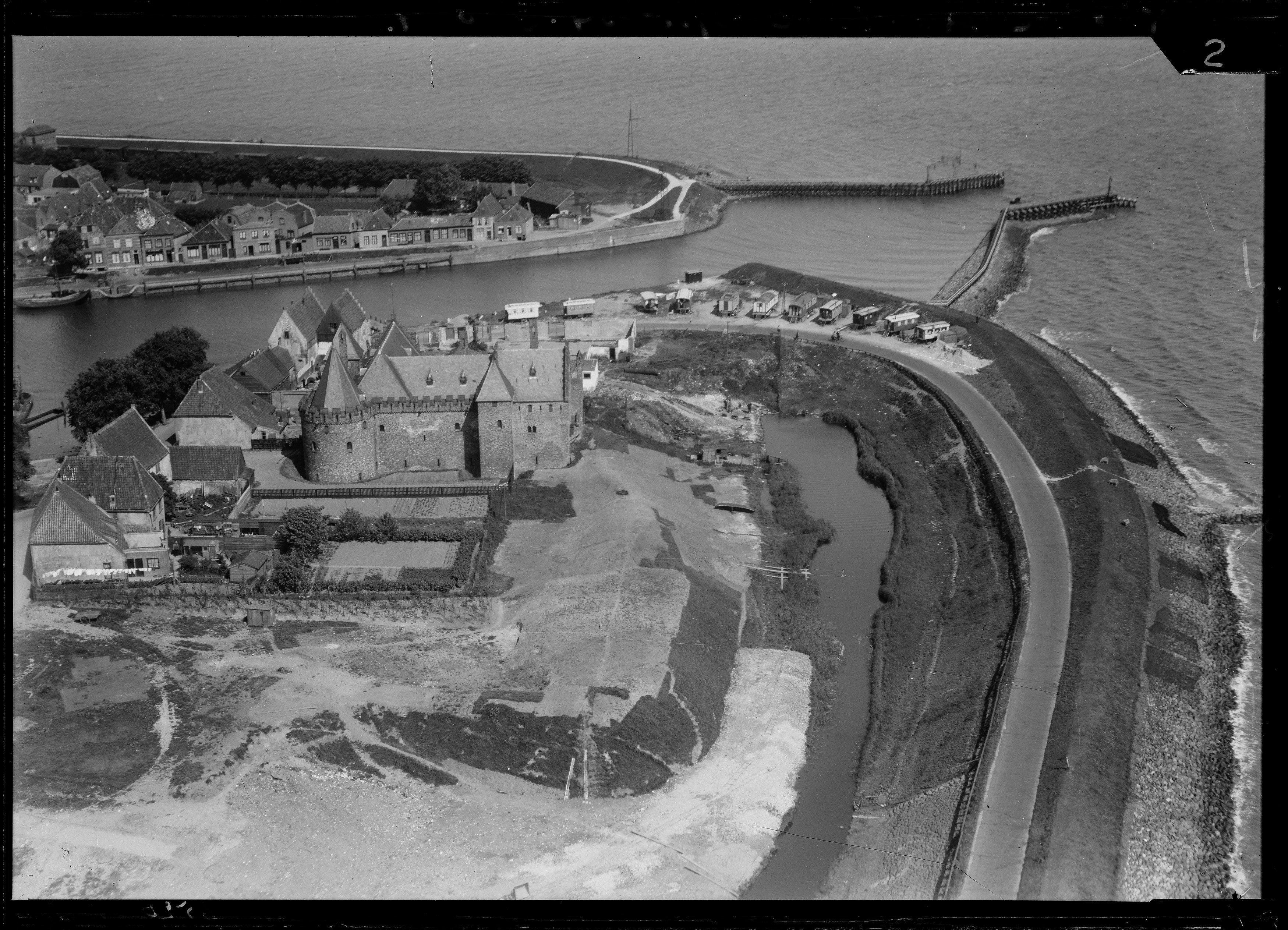 Vroeger: Serie luchtfoto's van Medemblik 1920-1940