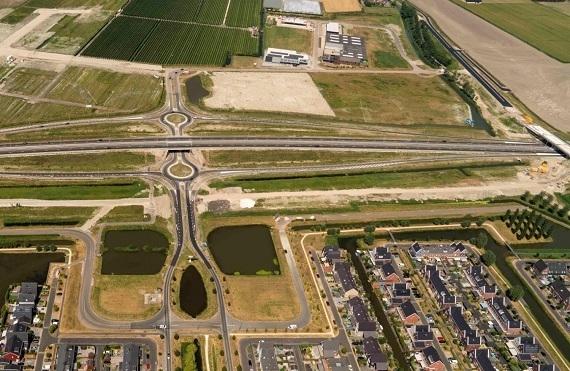 Afsluiting deel Rijweg en onderdoorgang nabij de Strip in Zwaag