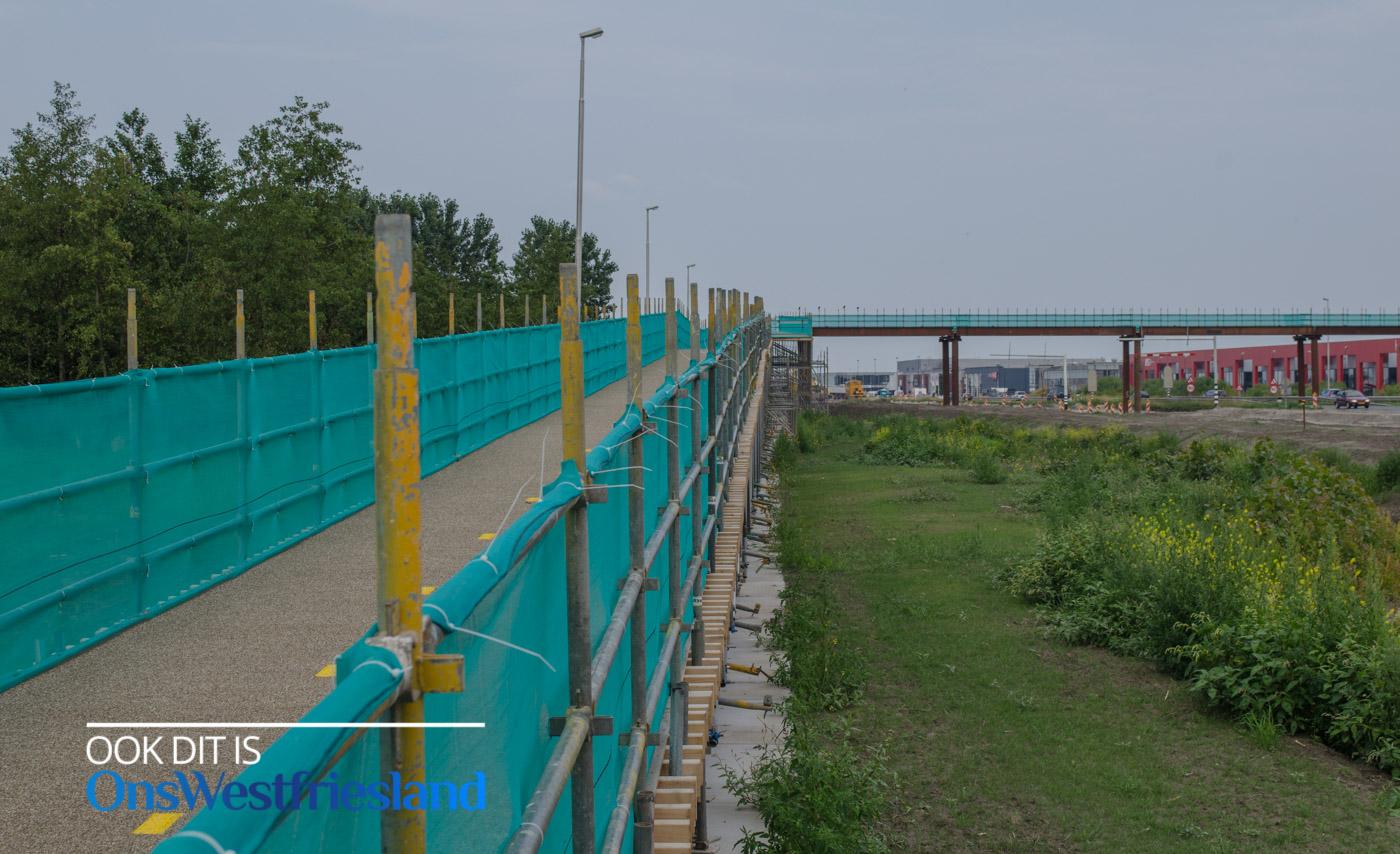 Einde fietsbrug over Westfrisiaweg in zicht (update)