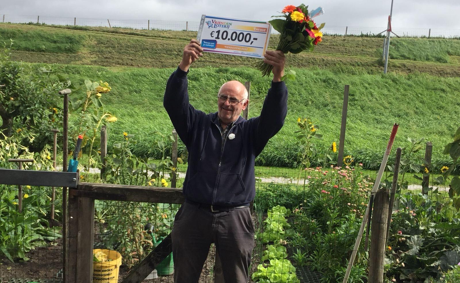 Rene uit Scharwoude wint 10.000 euro in loterij