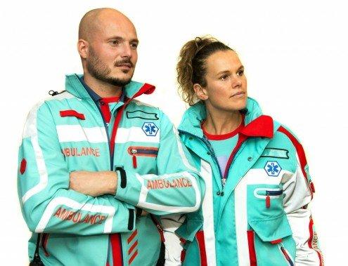 Nieuw tenue voor ambulance personeel