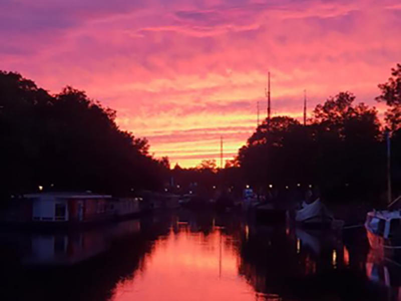 Prachtige zonsondergang ook in Westfriesland