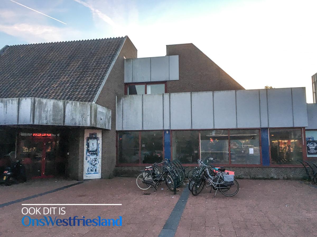 Verwaarloosde pand postkantoor Huesmolen gaat snel vlak