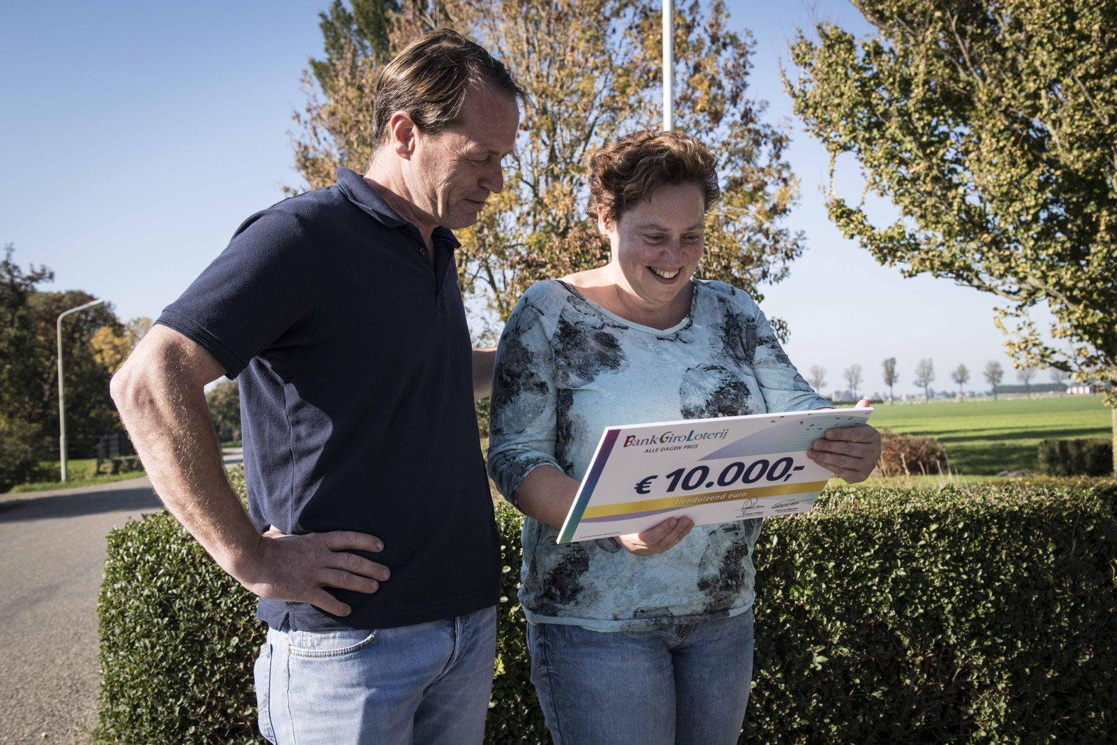 Stel uit Spanbroek winnen 10.000 euro in Loterij