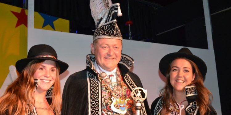 Patrick Besseling als Prins PatriQ bij het Masker in Zwaag