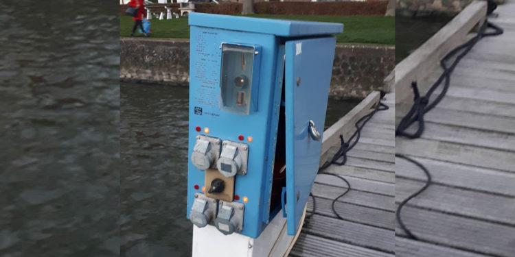 Geldautomaten opengebroken in jachthaven Medemblik