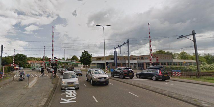 Spoorwegovergang Keern nacht afgesloten voor auto's