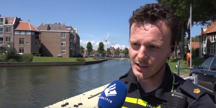 Waterpolitie in Medemblik; Geen vaarbewijs, €550 boete [video]