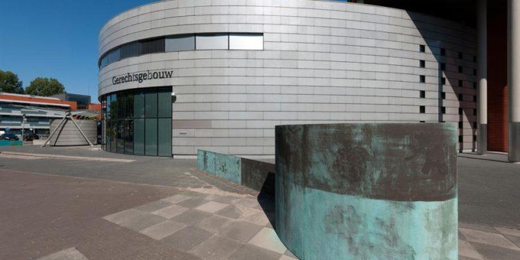 Gevangenisstraffen na brandstichting Party World Center in Venhuizen