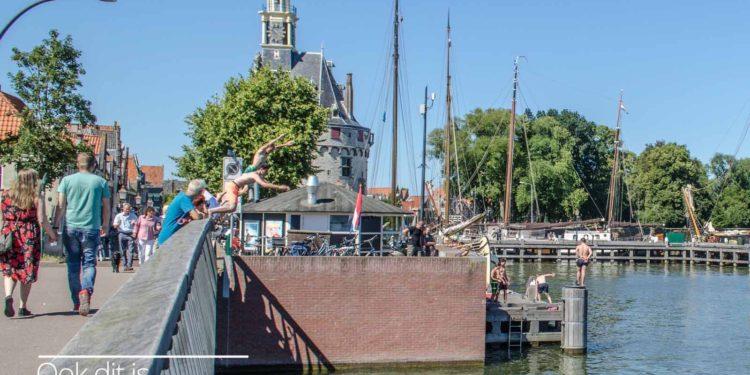 Verkoeling in het Hoornse water; Waar en wat mag niet?