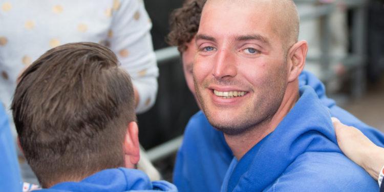 Maarten van der Weijden zwemt 50ste Zwemmarathon Stavoren-Medemblik