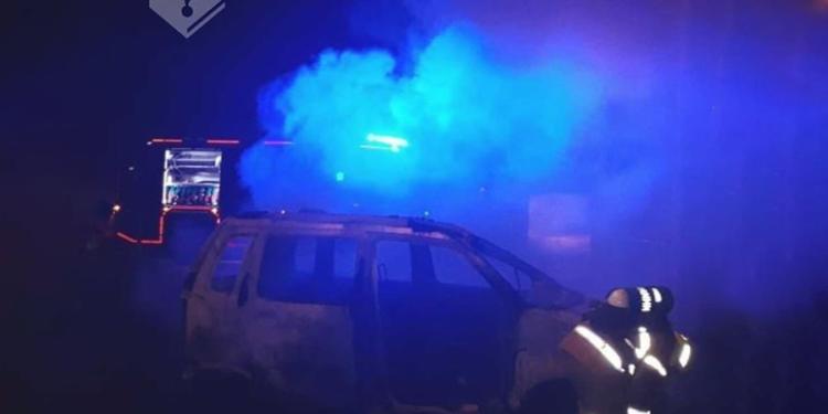 Auto uitgebrand bij nabij Station Obdam
