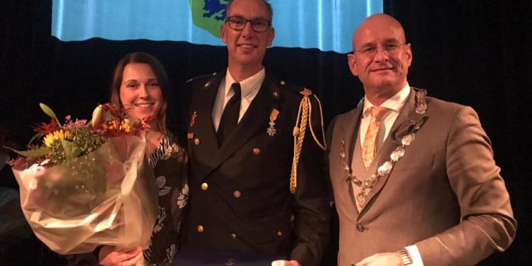 Koninklijke onderscheiding voor zes Hoornse brandweermannen
