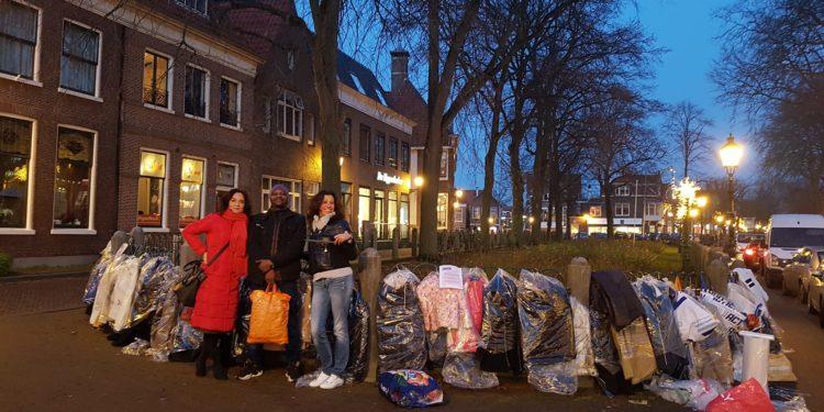 Warme jassen weggerauschd; Initiatiefnemers kwaad maar keren terug