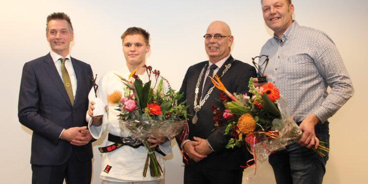 Hans Blaauw vrijwilliger en Dave Kok sporter Van Het Jaar