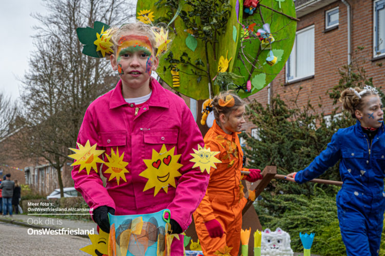 Kinderoptocht Carnaval Zwaag 2020 [fotos]