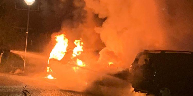 Drie auto's uitgebrand op parkeerplaats in Blokker