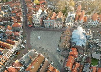 Drone foto's van verlaten Hoornse binnenstad en haven [fotoalbum]