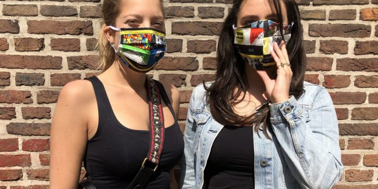 Hoornse modeontwerper ontwerpt eigen mondmaskers