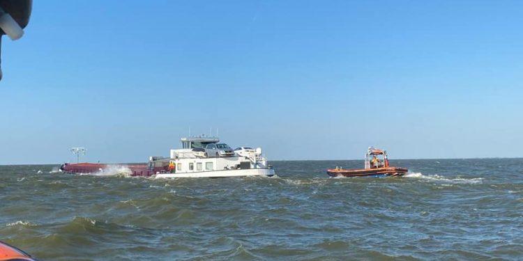 Hoge nood op binnenvaartschip op IJsselmeer