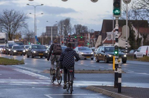 Hoorn kijkt naar vaker en langer groen licht voor fietsers