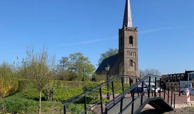 Opmeer koopt nieuwe wandelbrug … op Marktplaats