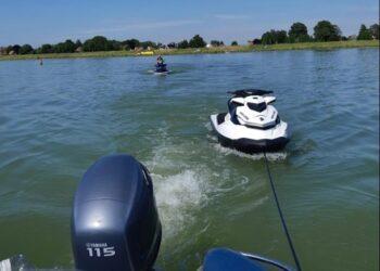 Twee bestuurders van dezelfde waterscooter krijgen stopteken