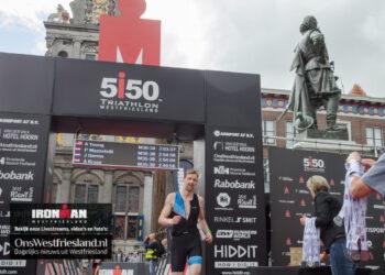 Maarten van der Weijden aan de start bij Ironman 70.3 in Westfriesland