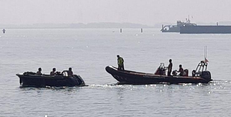 Veel onderwater gevaar voor watersporters binnen werkgebied Markermeer