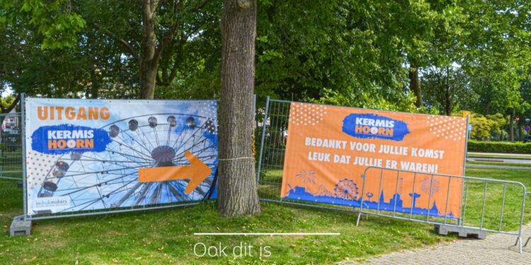Fotoserie eerste uren na opening Kermis Hoorn [fotos]