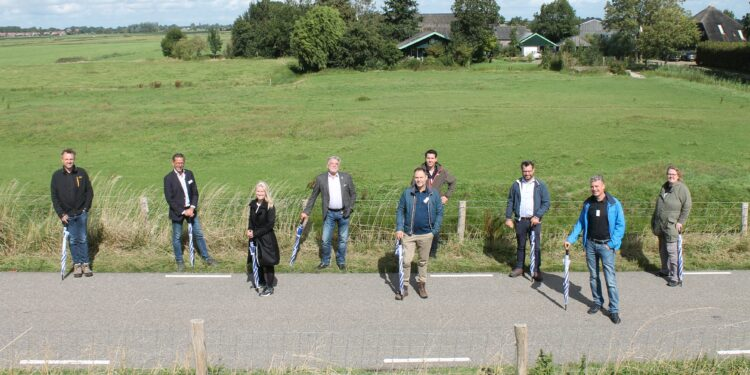 Wandelnetwerk Westfriesland en Streekpad Westfriese Omringdijk officieel geopend