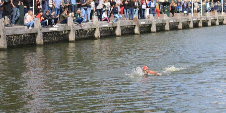 Grootse plannen moeten jaartje wachten; IJsselmeer Zwemmarathon 2020 alsnog afgelast