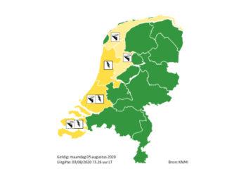 Code geel; Kans op onweer, hoosbuien en waterhozen boven IJsselmeer
