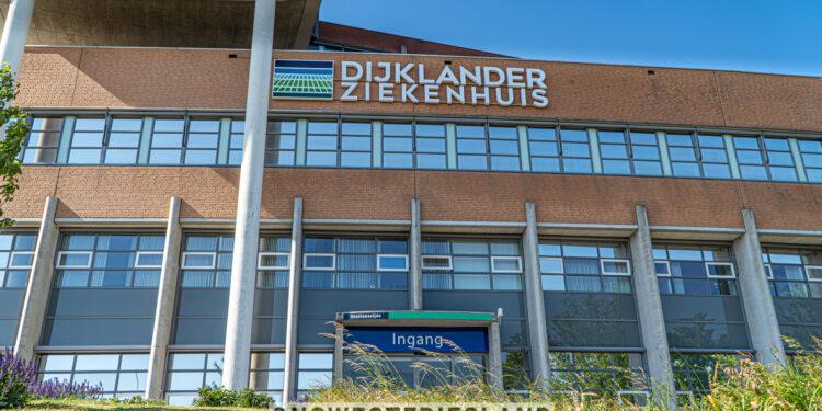 Mondkapjes verplicht en strengere bezoekregels in Dijklander Ziekenhuis