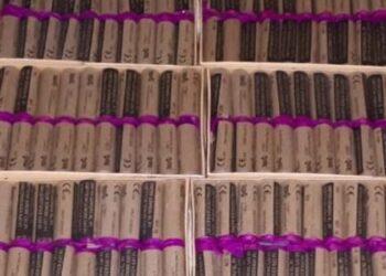 120 nitraten aangetroffen onder bed 16-jarige jongen