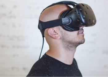 Welke VR headsets zijn populair vandaag de dag?