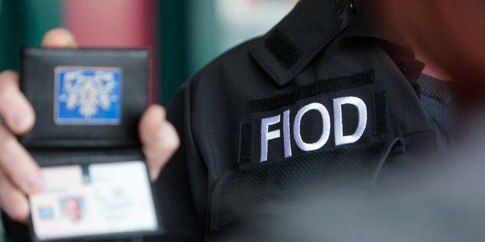 Inval FIOD bij zaadbedrijf aan de Elbaweg in Hem