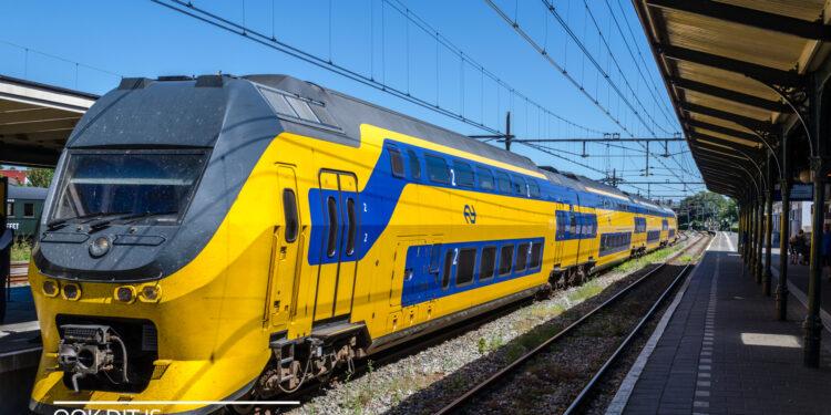 NS dienstregeling 2022: Minder spitstreinen van en naar Hoorn