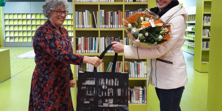 Al 1.500 tassen opgehaald bij AfhaalBieb Bibliotheek Hoorn
