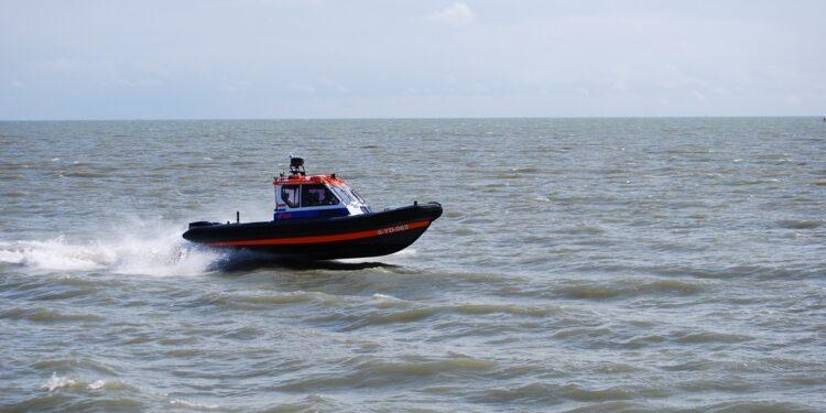 Nieuw reddingboot De Arend inzetbaar; 'Betere communicatie en beschutting op het water'
