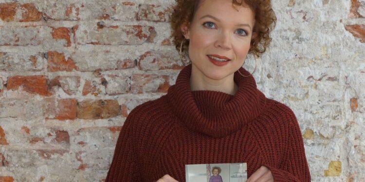 Bovenkarspelse zangeres Christie: 'Zonder de lockdown was 'Onze Verhalen' er niet geweest'